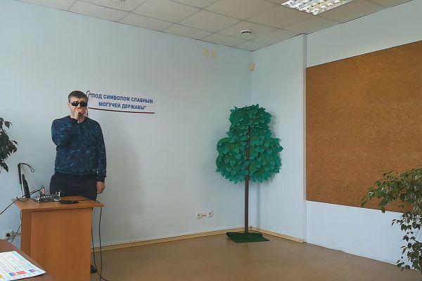 Владислав Леонтьев