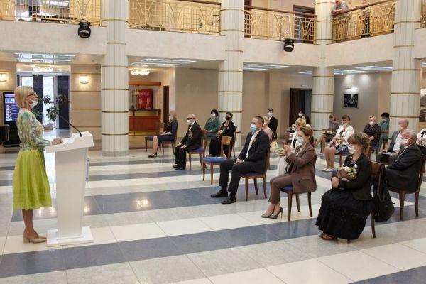 фото с церемонии награждения Даутова И.М.