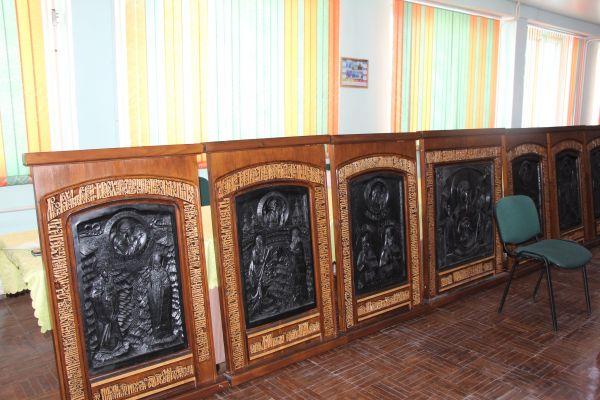 Выставка резных икон «Прикосновенный образ»