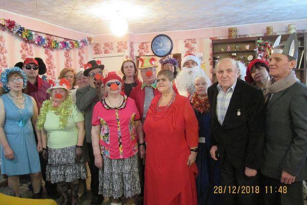 на фото члены ВОС из города Анжеро-Судженск.
