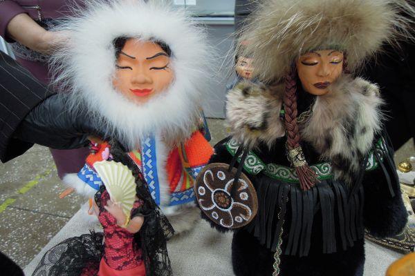 Выставка - «Такие разные куклы»