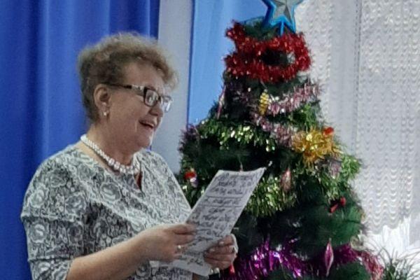 новогоднее выступление членов ВОС