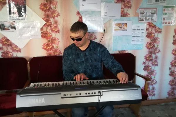 подбор мелодии на синтезаторе